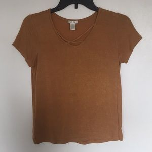 Other - Tilly's girls dusty yellow t-shirt
